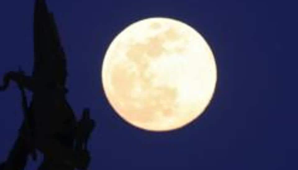 India,rover,moon