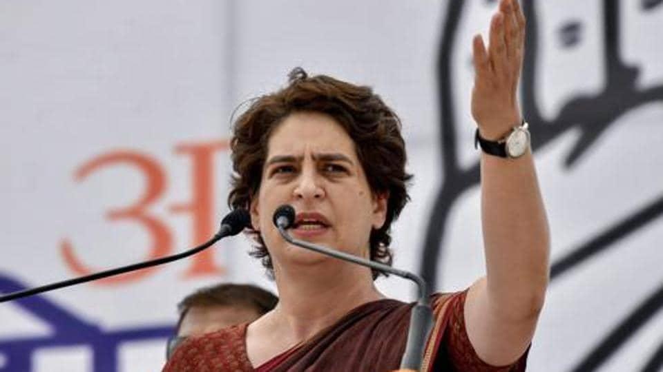 priynaka gandhi vadra,priyanka gandhi criticises UP govt,UP govt