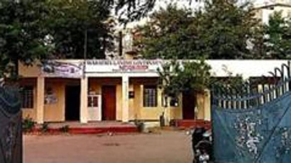 There was allegedly a quarrel between the headmaster and the boy's relatives over denial of admission.