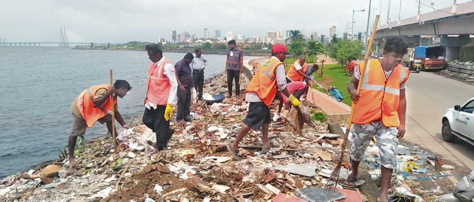 Municipal commissioner Praveen Pardeshi visited the site where Mithi river meets the Arabian Sea at Mahim causeway on Friday, and directed the H west ward office to clean the riverbank and plant mangroves