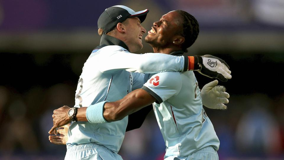 Jofra Archer, right, reacts with Jos Buttler