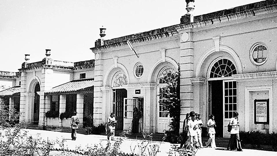 By 1924, Indraprastha Putri Pathshala , an all-girls school, developed into the first women's college of the city, when it was rechristened Indraprastha College for Women.