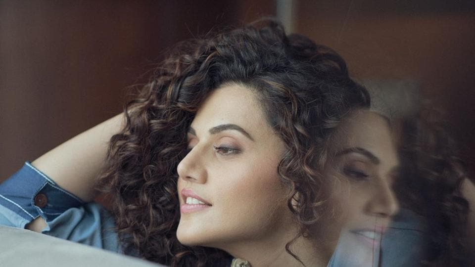 Taapsee Pannu has taken on a troll once again on Twitter.