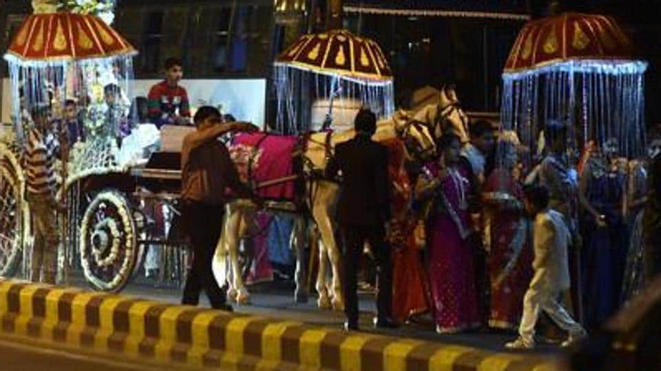 Delhi's urban development minister Satyendar Jain on Wednesday said the government has finalised a draft policy to cap the number of guests at social functions in order to reduce traffic congestion.