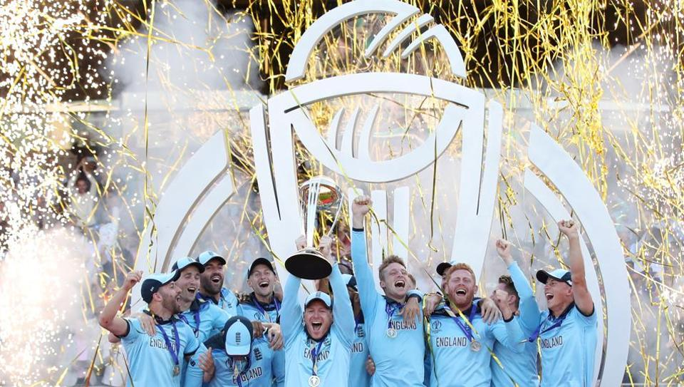 Team England's Eoin Morgan and teammates celebrate winning the ICC Cricket World Cup, against New Zealand, with the trophy at Lord's in London, England. (Peter Cziborra / Action Images via Reuters)
