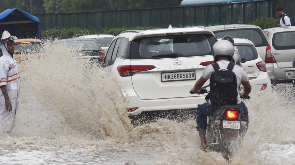 Waterlogging and traffic snarls were reported from multiple places across the city following a fresh spell of rain on Thursday morning.