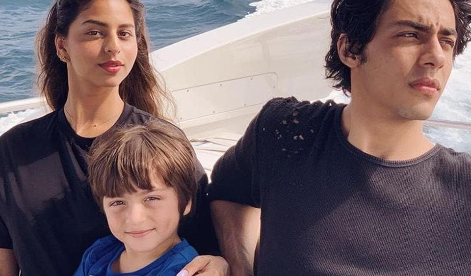 Shah Rukh Khan chills with family on yacht in Maldives; watch
