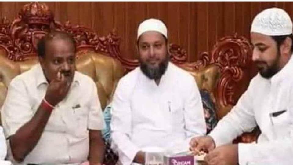 Karnataka Chief Minister H D Kumaraswamy with the prime accused in the multi-crore IMA Ponzi scam, Mansoor Khan. (Photo @BJPKarnataka)