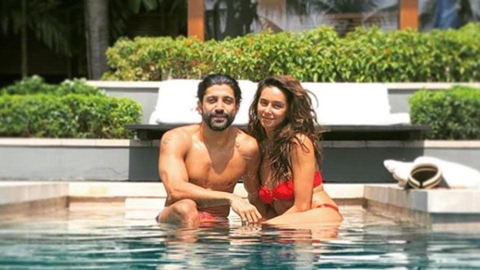 Farhan Akhtar and Shibani Dandekar pose by the poolside.