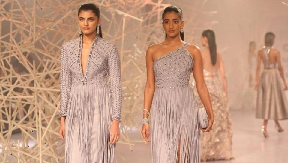 Fringe fair:  Embellished tone on tone fringed ensembles make for a funky and fun look. Add some colour on the eyes to accentuate the look