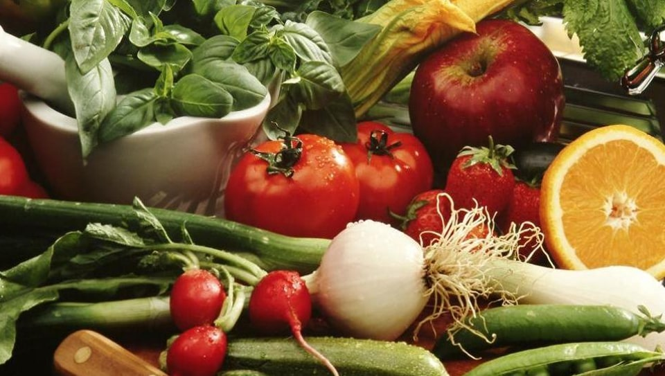A variety of vegetables being sold in Kolkata have tested positive for arsenic levels dangerously above permissible limits, according to a research by Jadavpur University.