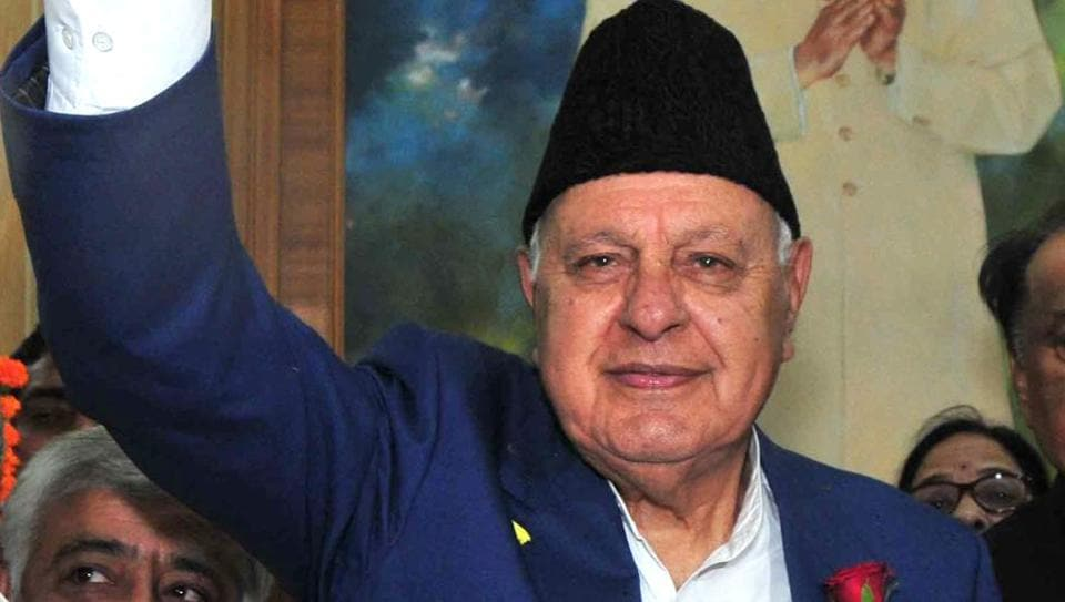 Former chief minister of Jammu and Kashmir Farooq Abdullah on Monday warned the Centre against any move to abrogate Articles 35A and 370 that accord special status to the state and its people.(Photo by Nitin Kanotra / Hindustan Times)
