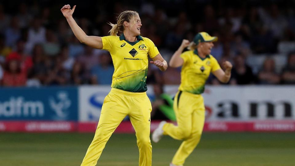Ellyse Perry 1st player to reach 1K runs, 100 wickets in T20Is