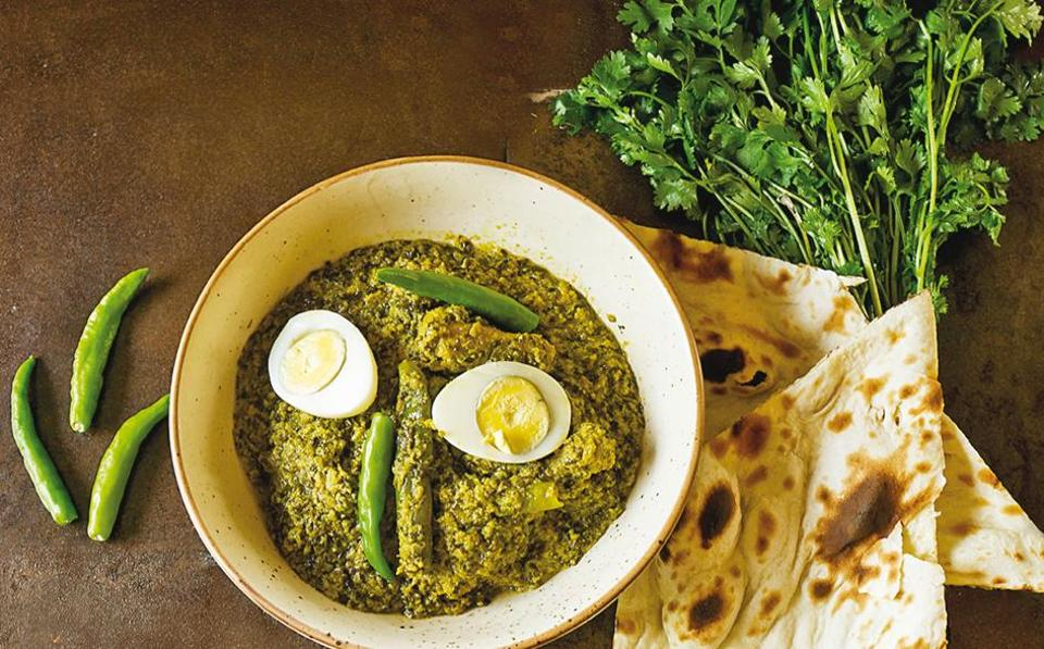 Rezala, the signature dish of Bhopali cuisine, has many variations in the city itself