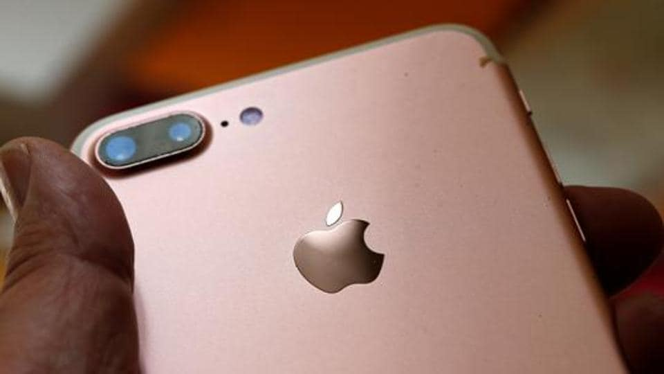 Apple Card Launching in August, Tim Cook Says