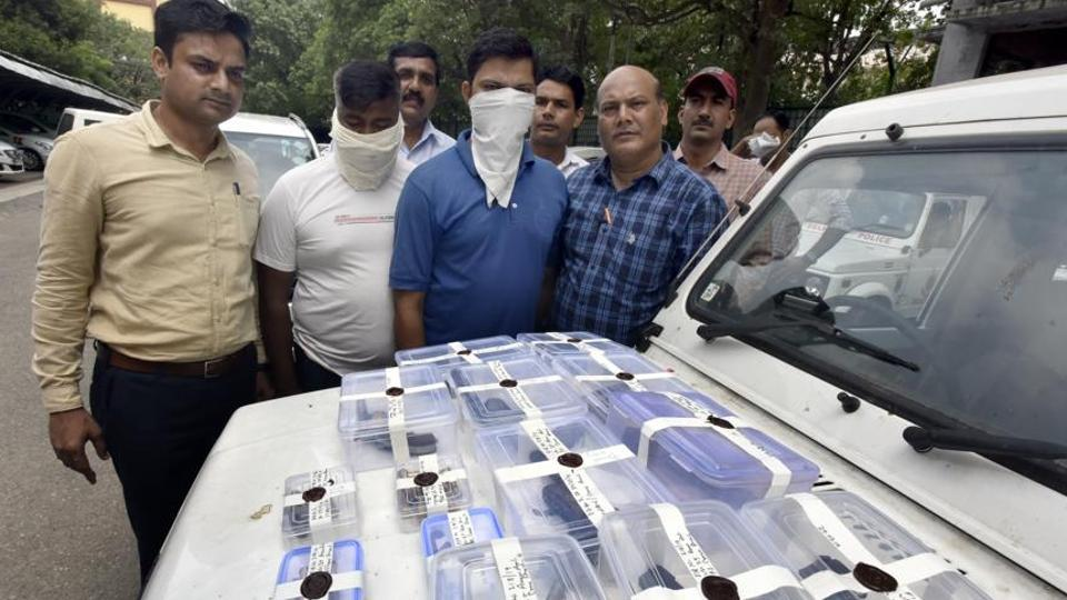 The suspects were caught from near Dwarka Sector 16 where they had arrived to buy arms, said police.