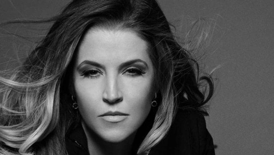 Lisa Marie Presley signs book deal on a story about Michael Jackson, Elvis Presley.
