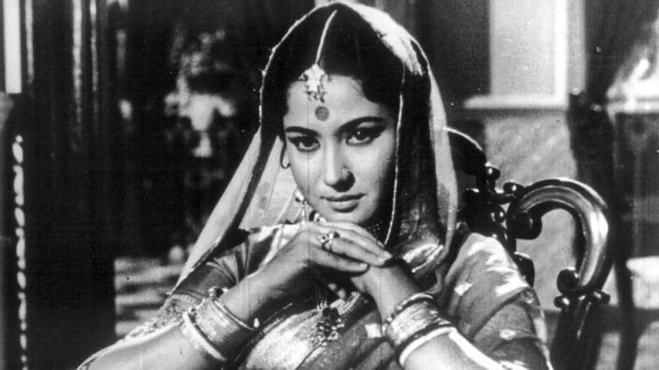 Meena Kumari in a scene from Sahib BibiAur Ghulam.