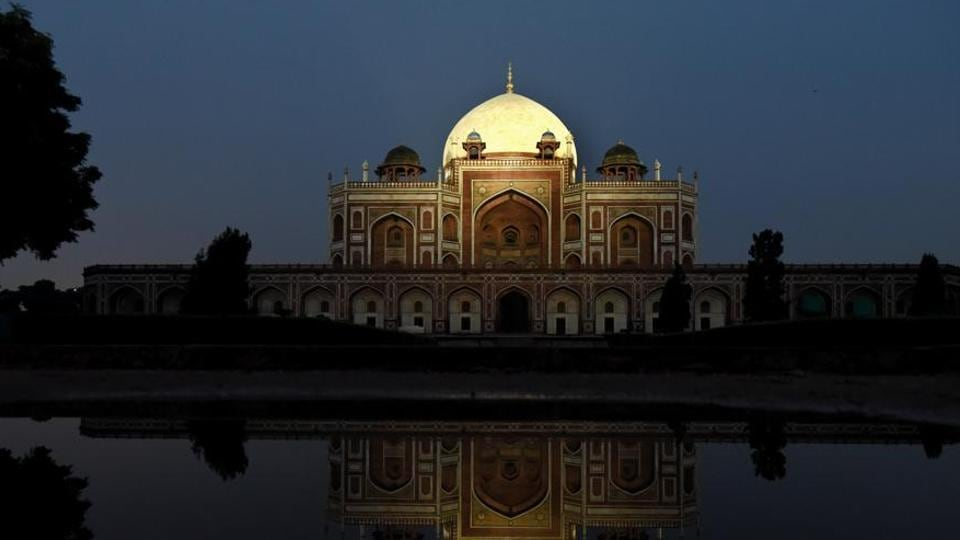 The Humayun's Tomb (above) and the Safdarjung Tomb are two monuments in Delhi, which will be open to public till 9pm.