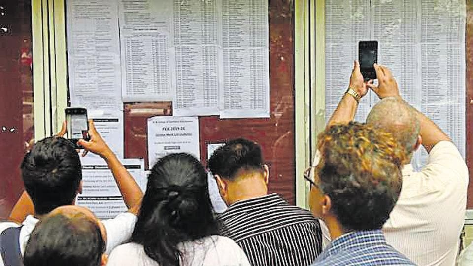 A total of 39,122 students in the Mumbai Metropolitan Region (MMR) are yet to confirm their admissions after third merit list for first-year junior college (FYJC) was declared on August 1