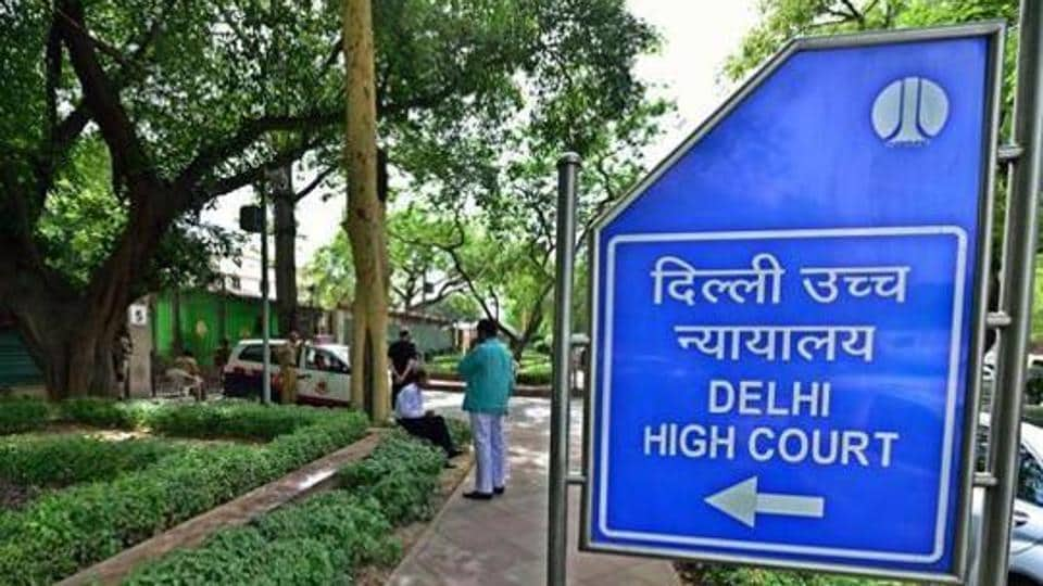The Delhi High Court on Monday restrained the authorities from further felling trees for the construction of an underground U-turn at Sunder Nagar.