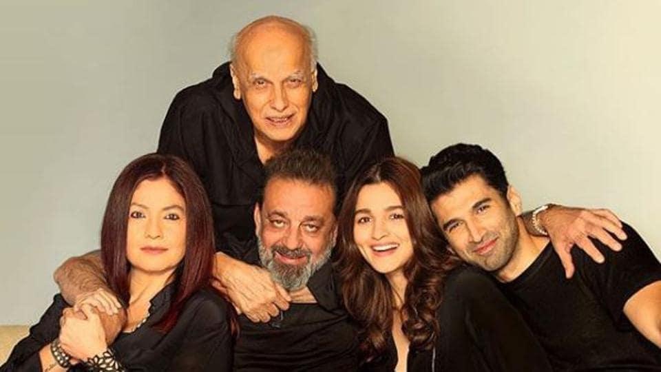 Mahesh Bhatt with the team of Sadak 2 including Pooja Bhatt, Sanjay Dutt, Alia Bhatt and Aditya Roy Kapur.