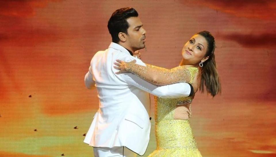Urvashi Dholakia with her ex Anuj Sachdeva on Nach Baliye 9.