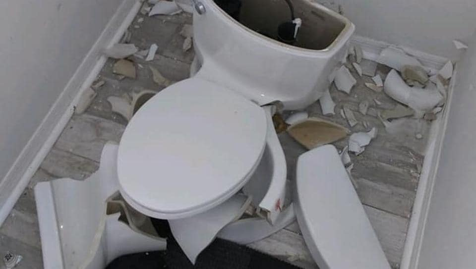 Lightning strike blows up toilet in Florida