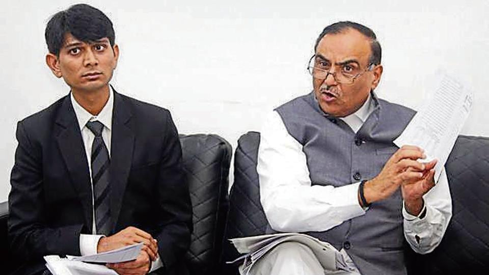 District and sessions judge Ravi Kumar Sondhi (right) and chief judicial magistrate Narender Singh address a press conference at the District Court in Gurugram on Wednesday.
