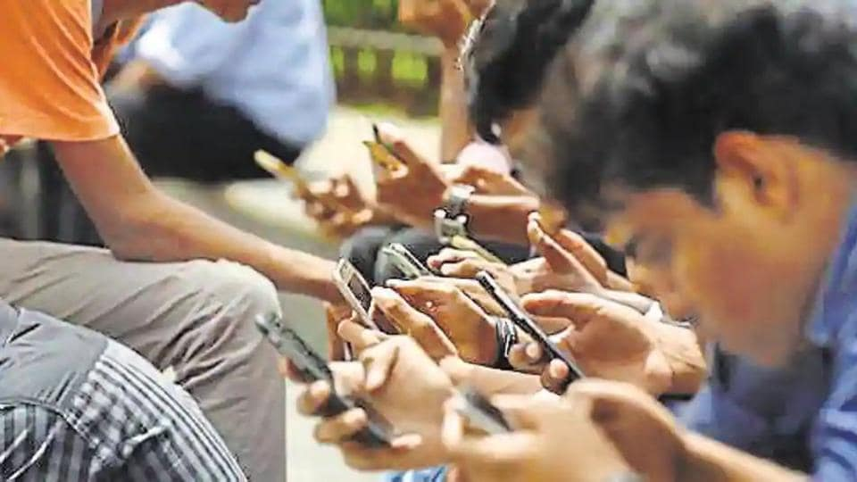 The Delhi cabinet has approved setting up of 11,000 Wi-Fi hotspot zones in the city, which would allow smartphone and computer users within 50m radius to avail free internet services, chief minister Arvind Kejriwal said on Thursday.