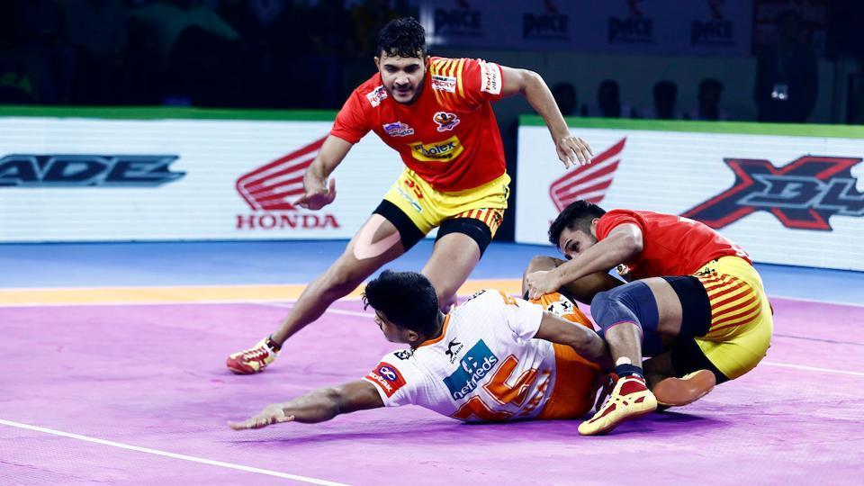 Puneri Paltan vs Gujarat Fortunegiants.