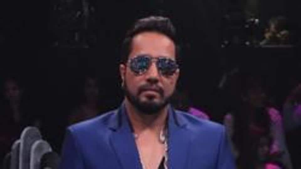 Mika Singh's performance at Karachi wedding sparks row