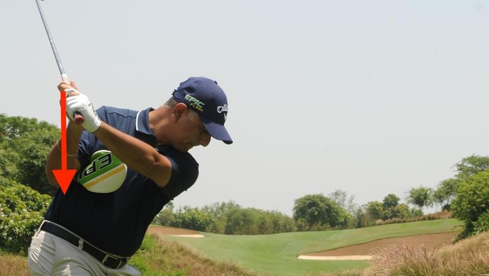 Keep those elbows in check for a good golf swing | other