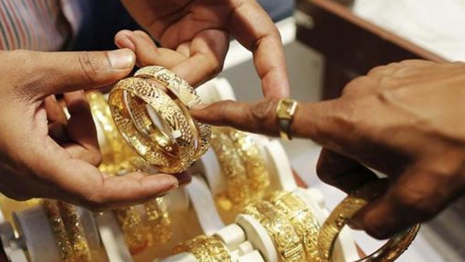 Gold has made considerable gains in the past few days due to ongoing trade conflict between US  and China.