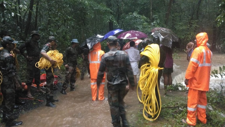 Residents of Kozhikode in north Kerala paid a tearful adieu to the 32-year-old man, who died while carrying out rescue work .