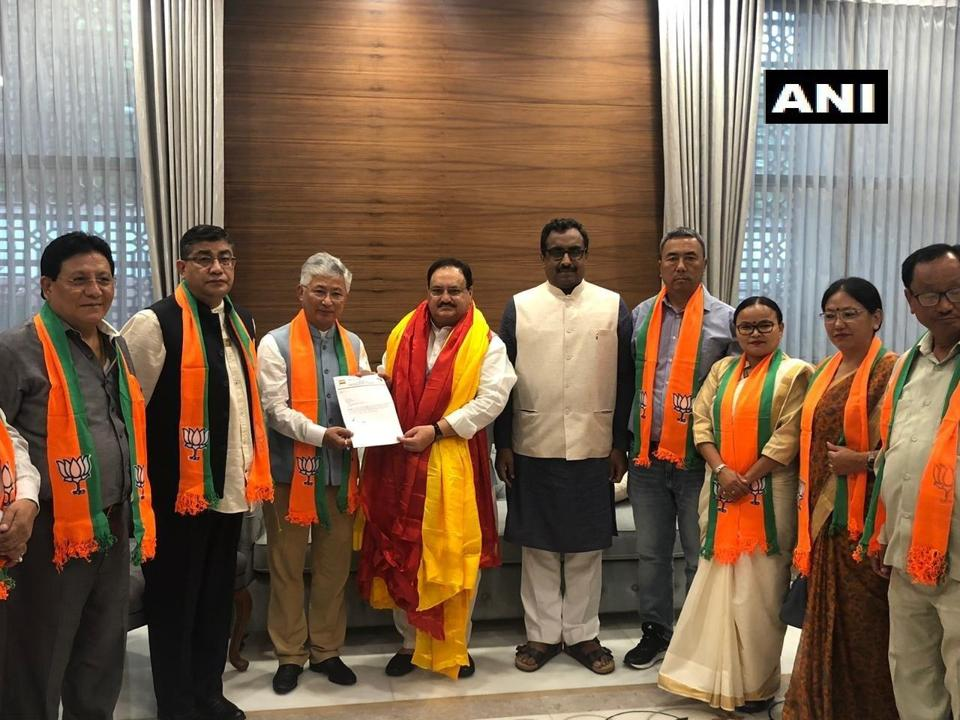 10 MLAs fromSikkim's SDFhave joined BJP.