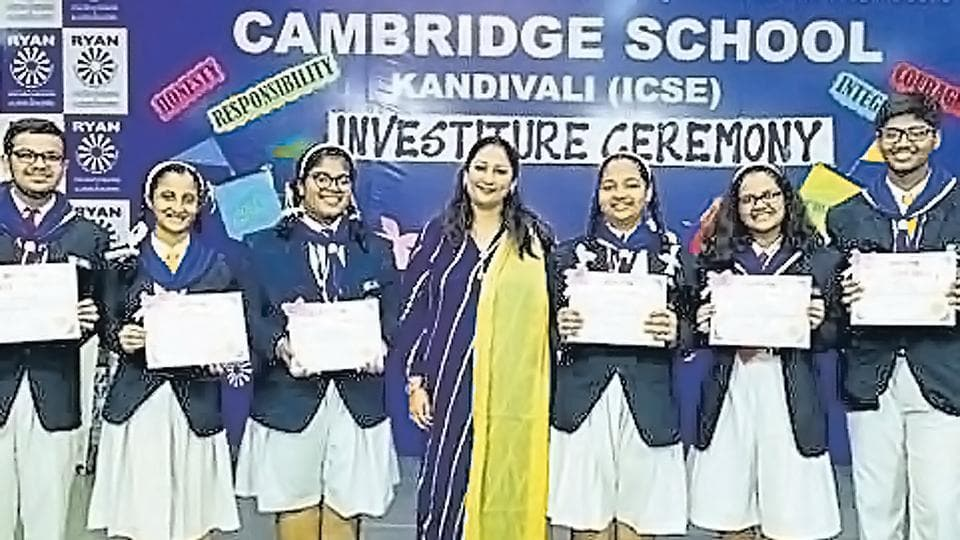 Students of the Cambridge school after the investiture ceremony.
