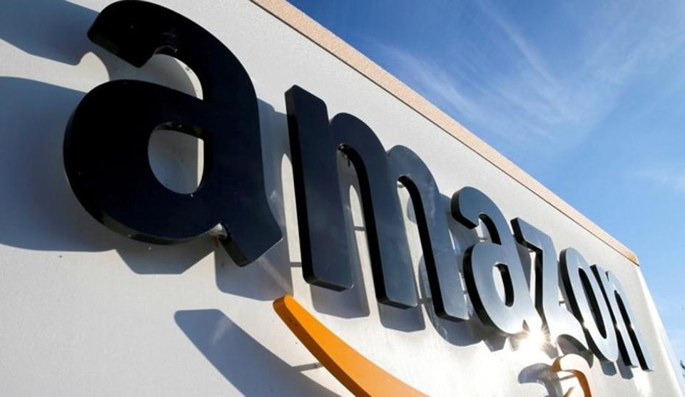 Amazon nears deal for up to 10% of India's second-largest retailer - Hindustan Times thumbnail