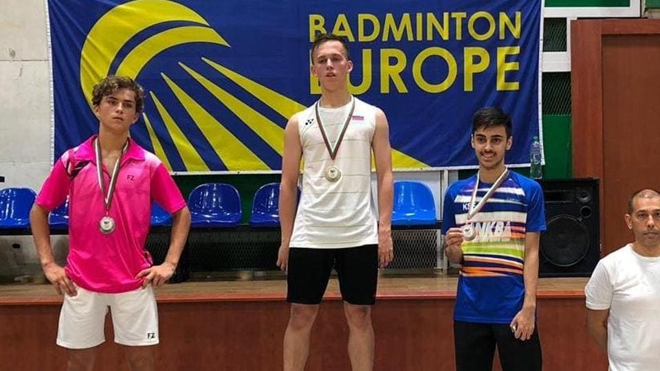Varun Kapur (right) from Nikhil Kanetkar Badminton Academy (NKBA) wins bronze medal at the Bulgarian Junior International Championships 2019, which took place at Pazardzhik, Bulgaria.
