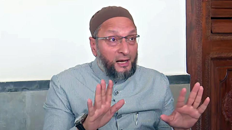 Lok Sabha MP and AIMIM chief, Asaduddin Owaisi said that the Central government's move to abrogate Article 370 is against the Constitution.