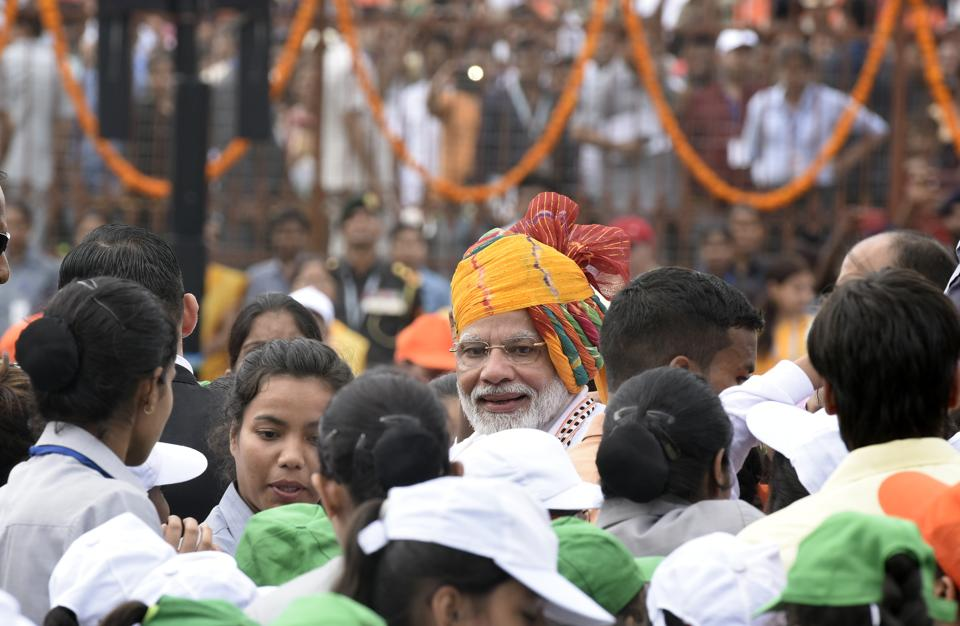 New Delhi, India - Aug. 15, 2019: Prime Minister Narendra Modi greets school children after addressing the nation from the rampart of Red Fort during the 73rd Independence Day, in New Delhi, India, on Thursday, August 15, 2019. (Photo by Vipin Kumar/ Hindustan Times)