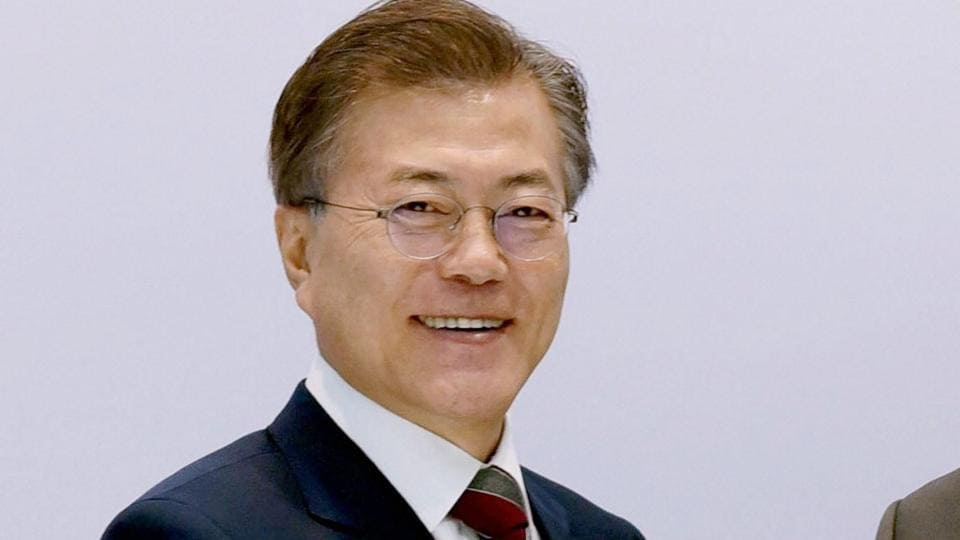 South Korean President Moon Jae-in offered an olive branch to Japan to end an ongoing trade dispute