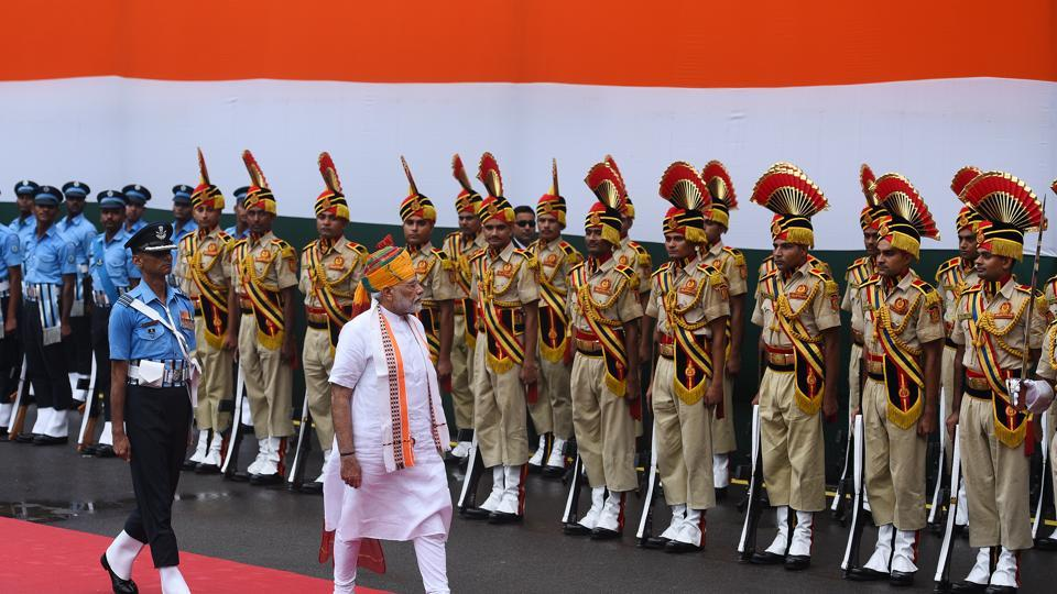 Prime Minister Narendra Modi inspects the guard of honour during the 73rd Independence Day celebrations at the historic Red Fort, in New Delhi, India, on Thursday, August 15, 2019.