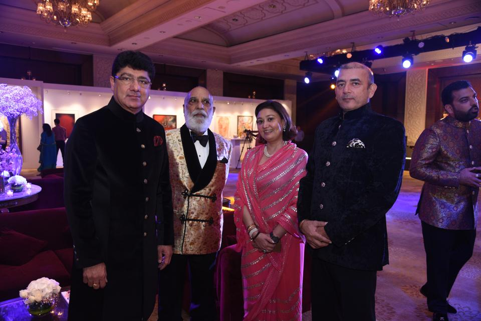 Puneet Chhatwal and Shriji Arvind Singh Mewar of Udaipur with the other guests.