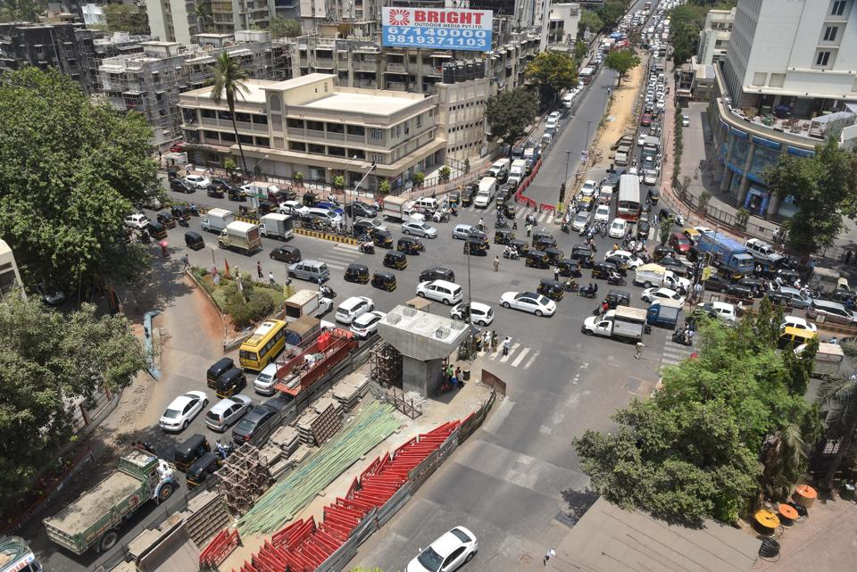 The GMLR, a long-pending project of the  Brihanmumbai Municipal Corporation, will be a 14-km long road, with a combination of tunnels and an elevated road.