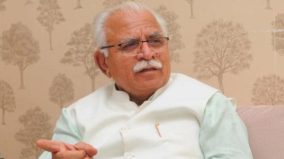 Addressing sanitation workers of the Municipal Corporation of Gurugram (MCG), on the occasion of Independence Day, at the PWD rest house in Rajiv Chowk, chief minister Manohar Lal Khattar said that manual scavengers will be provided insurance of Rs 10 lakh, the premium for which will be paid by the state government.