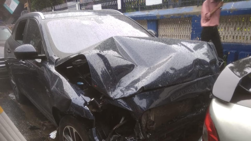 Three Bangladeshi nationals were waiting under this traffic post when a Mercedes, flung after it was hit by a speeding Jaguar, hit it, killing two of them.