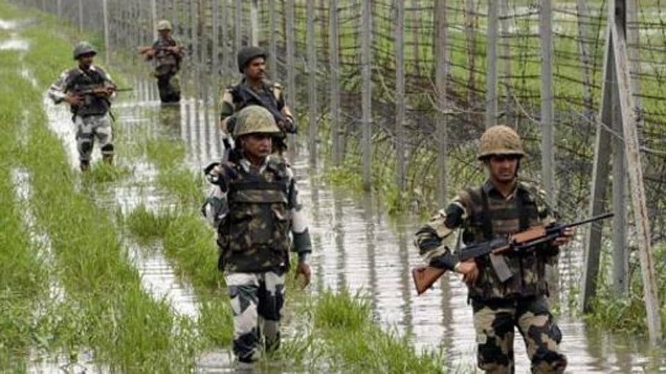 Pakistan on Saturday violated ceasefire by resorting to mortar shelling and small arms firing on forward posts and villages along the Line of Control (LoC) in Rajouri district.
