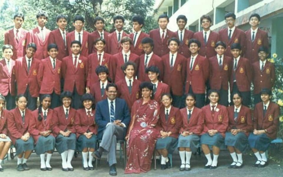 Twinkle Khanna has shared her photo from her school days.