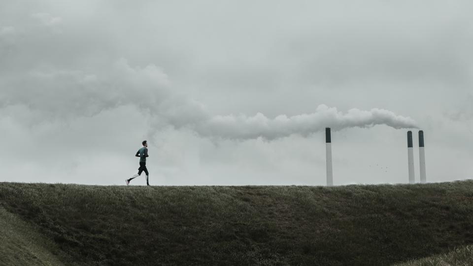 The World Health Organization (WHO) estimates that air pollution kills 7 million people each year.